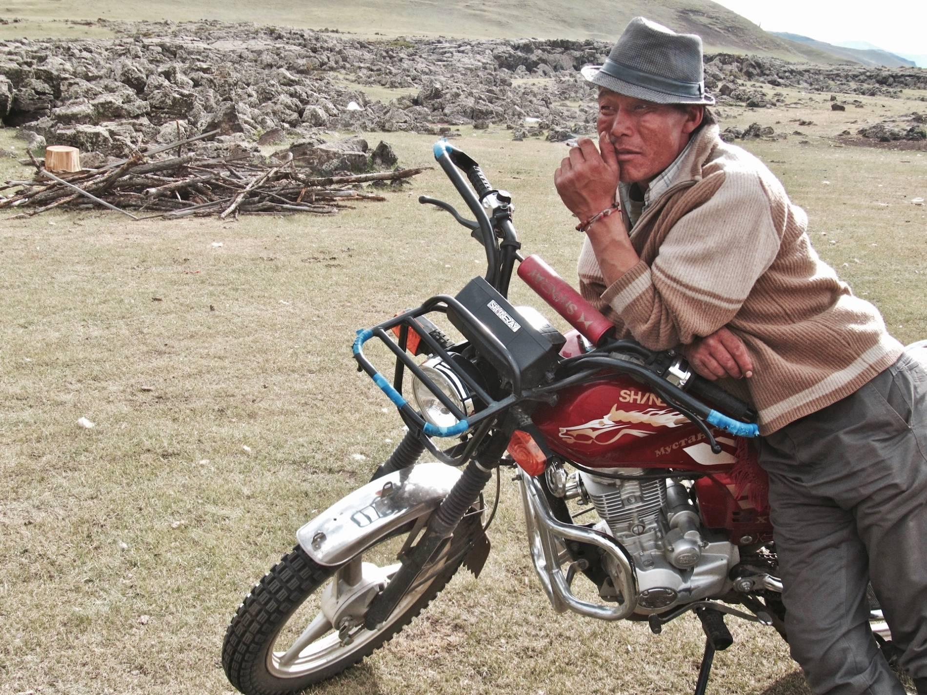 moto steppe mongolie