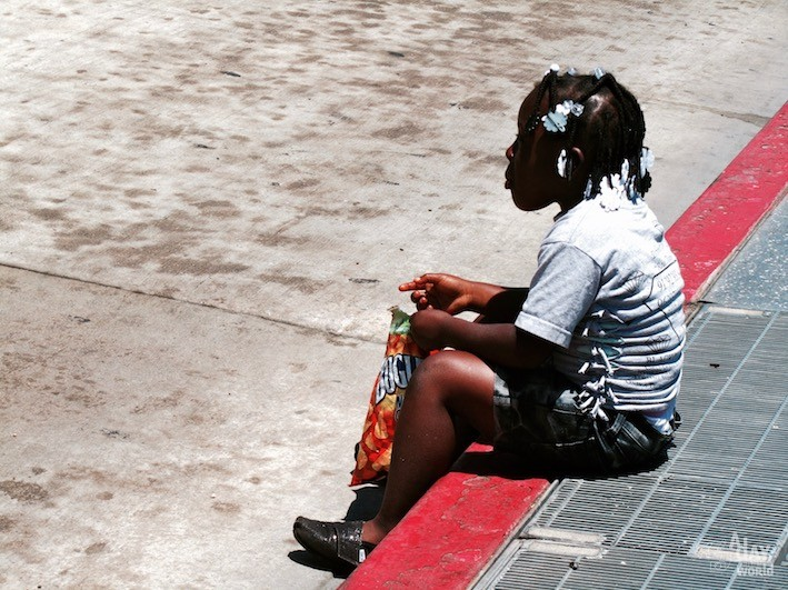 black-girl-hollywood-boulevard