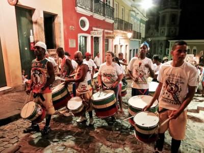 Musique dans les rues de Bahia Brésil 2013