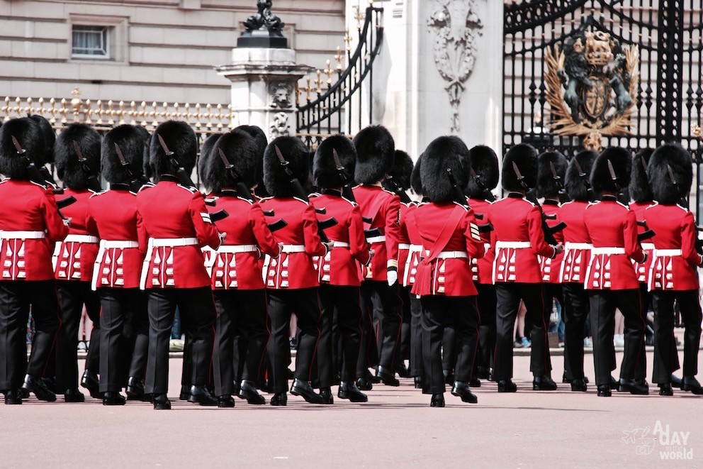 buckingham palace city guide london