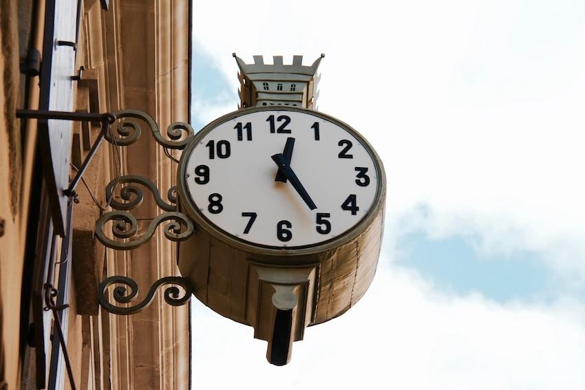 horloge carcassonne