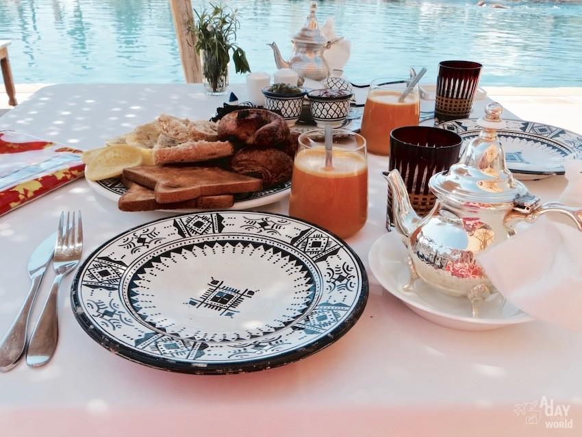 petit-dejeuner-hotel-fellah-marrakech