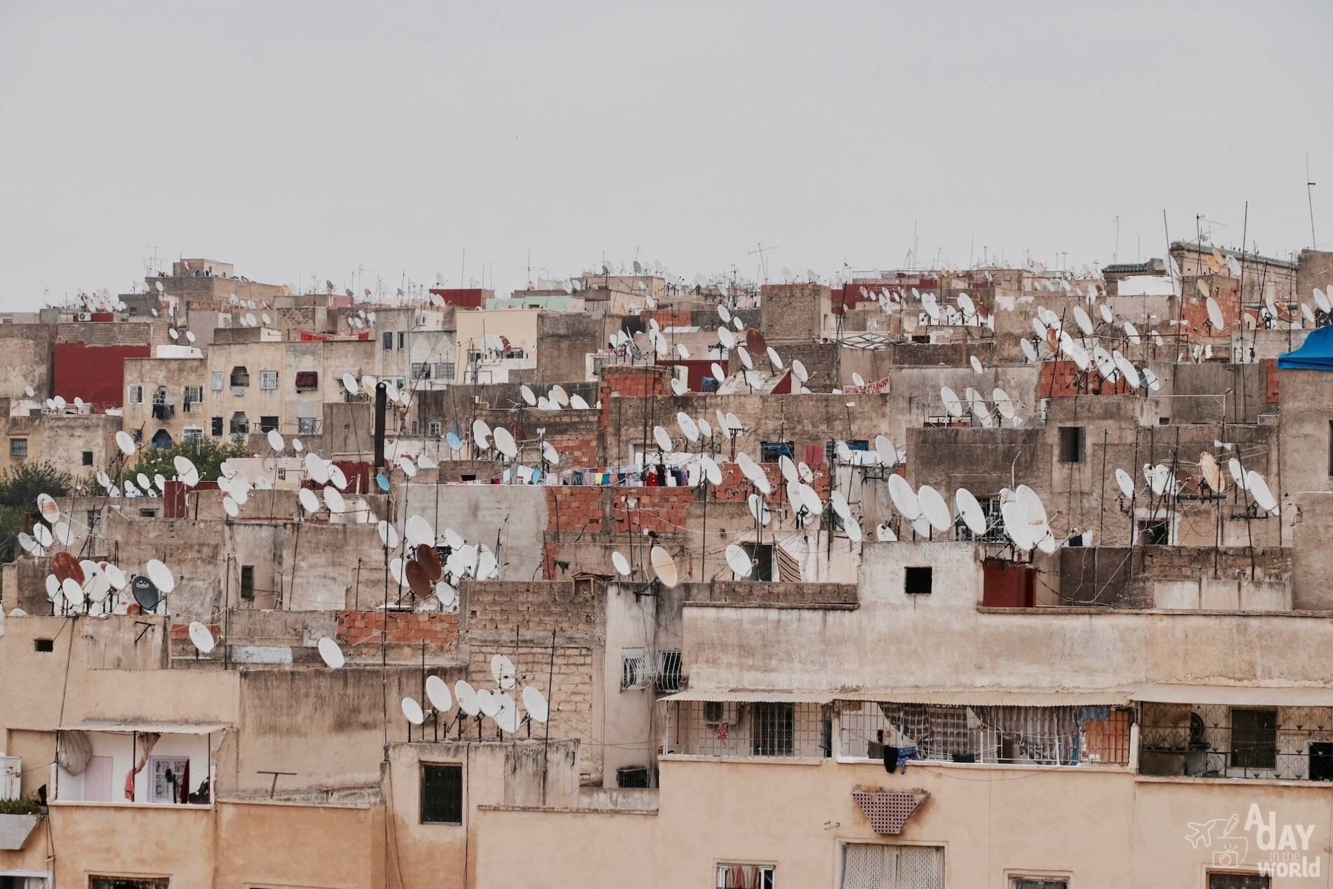 paraboles maroc