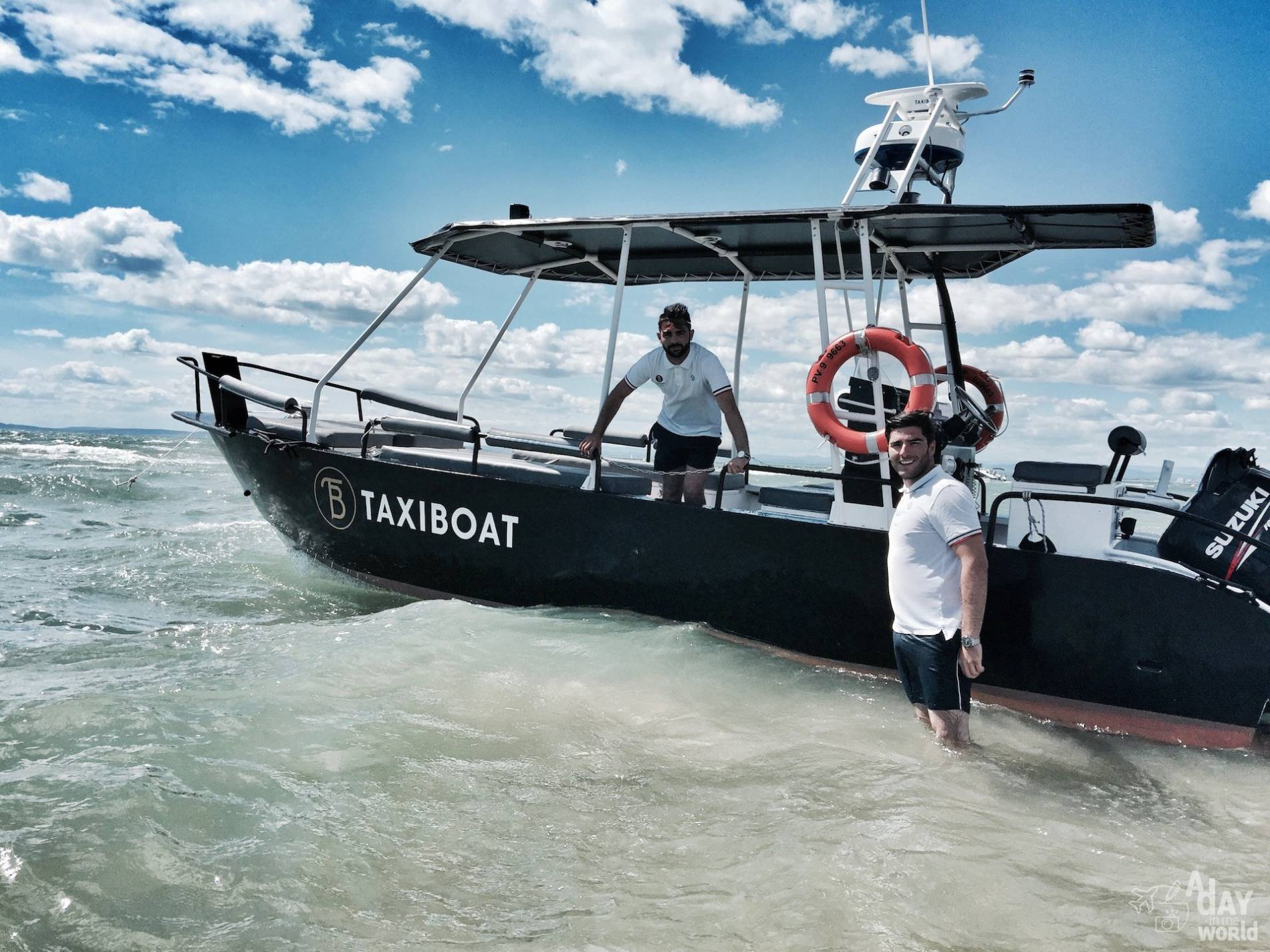 equipe taxi boat