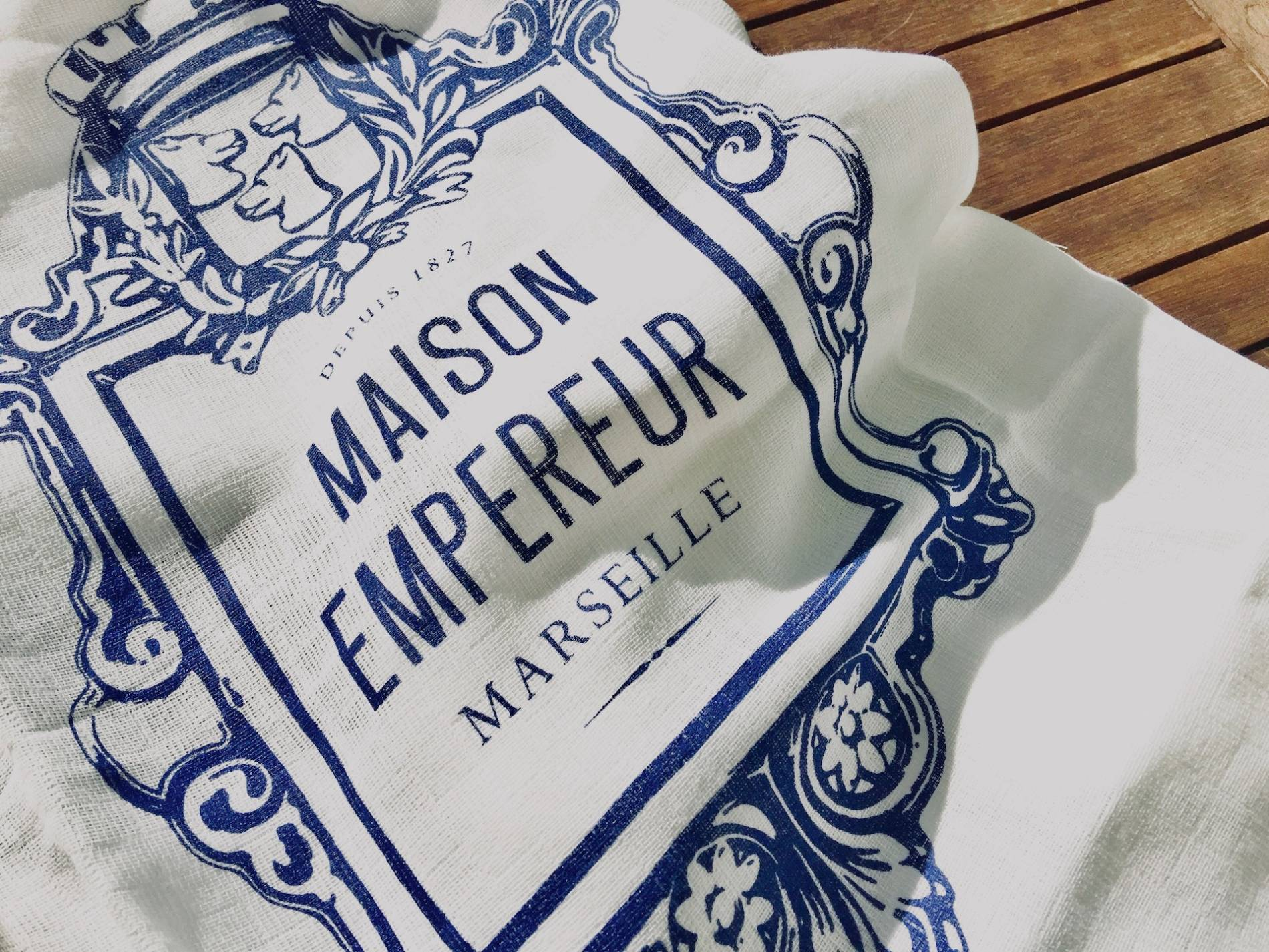 maison-empereur-marseille-torchon