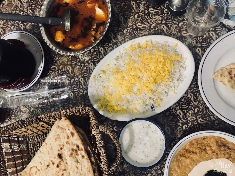 hamam-vakil -chaykhaneh-kerman-iran-3