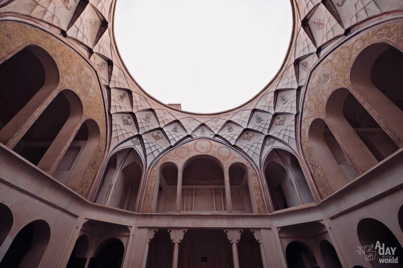 maison-tabatabaei-kashan-iran-6