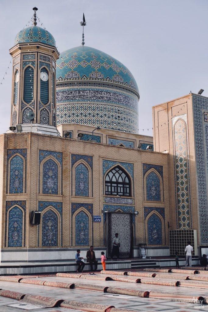 mausolee-tabas-iran-5
