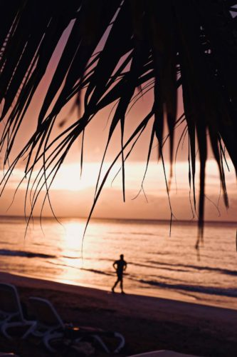 playa-coson-running