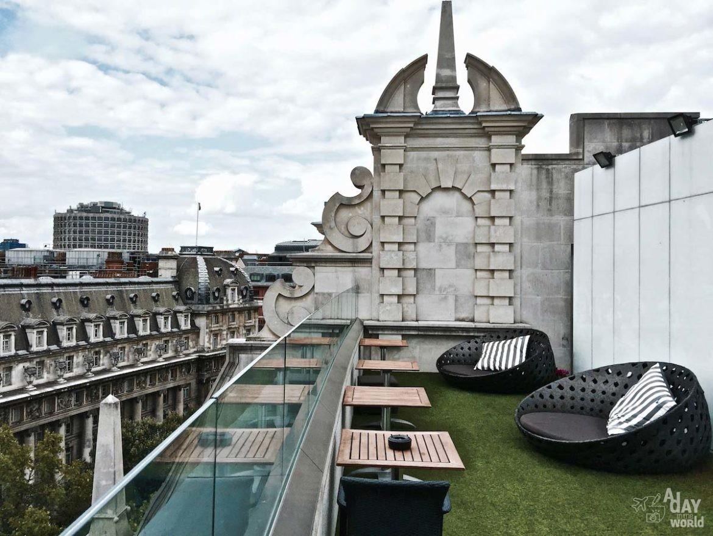 me-radio-restaurant-rooftop-londres-8